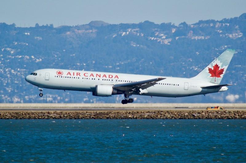 نتيجة بحث الصور عن الطيران الكندى