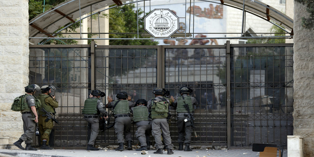 Israeli forces storm Al-Quds University, October 2015 (Photo: Al-Ittihad)